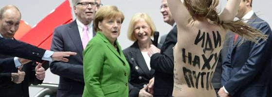 Putin und Merkels Titten- Girls…