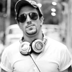 FR 23.00 DJ Jhonny Belonsi