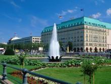 Berlin: Hotel Adlon Kempinski – Hotel des Jahres 2013