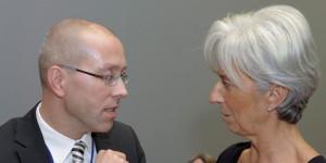 Joerg Asmussen proposes to replace resigning ECB member